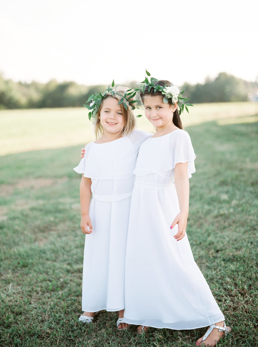 flower girls with flower crown