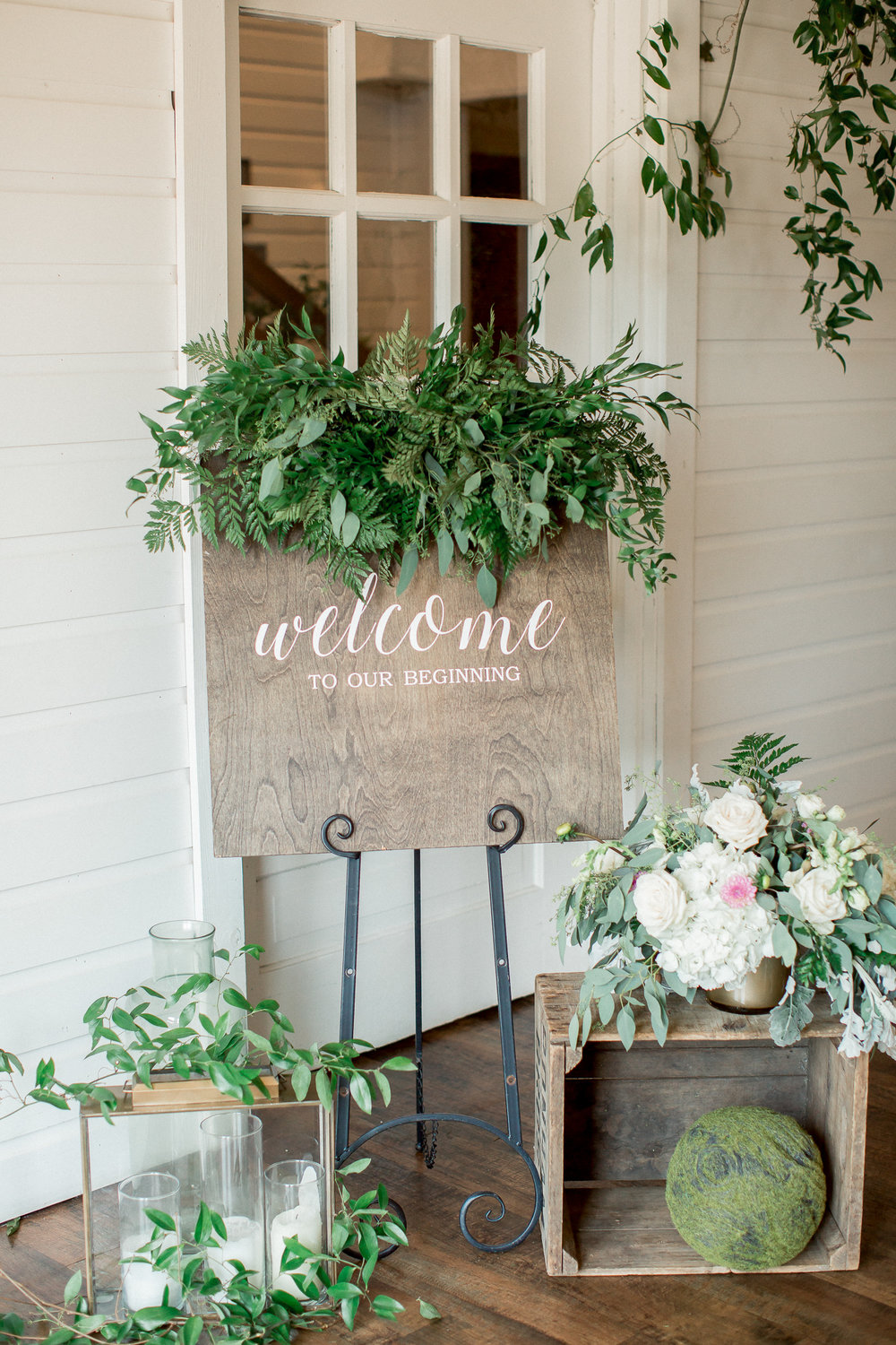 wooden welcome sign wedding decor