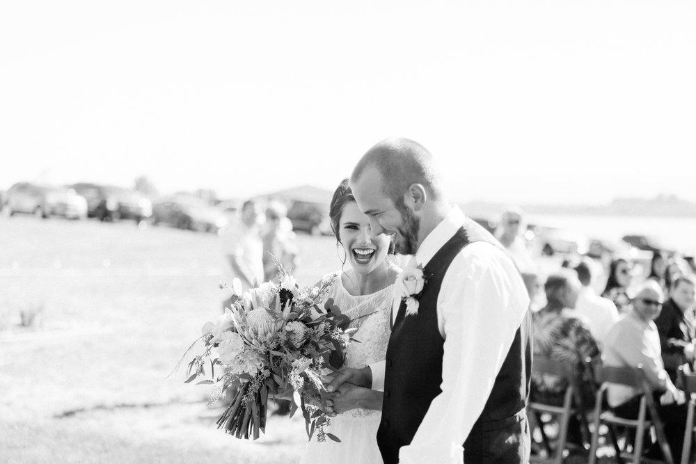 bride and groom colorado ceremony