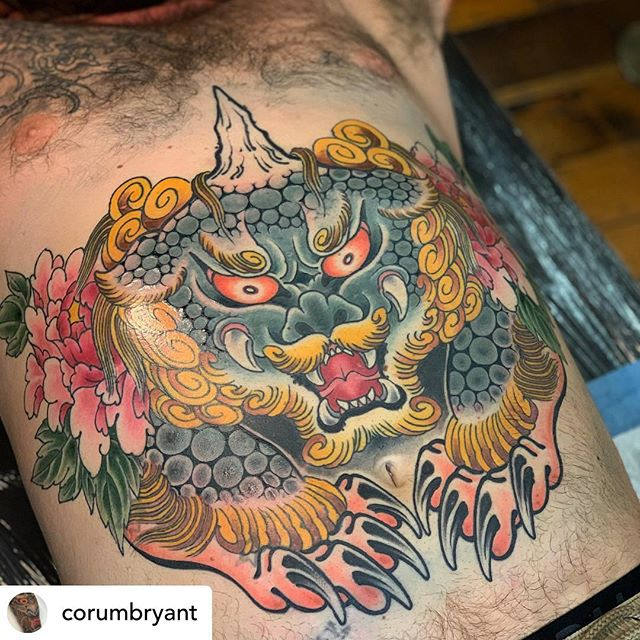 @corumbryant finished this kick ass foo dog stomach piece for @knord.lord the other day. For bookings send him an email or give the shop a call!