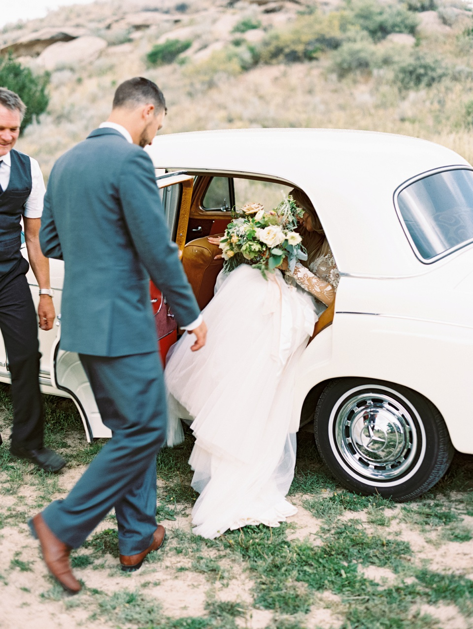 Vintage Wedding Car | Becca Lea Photography