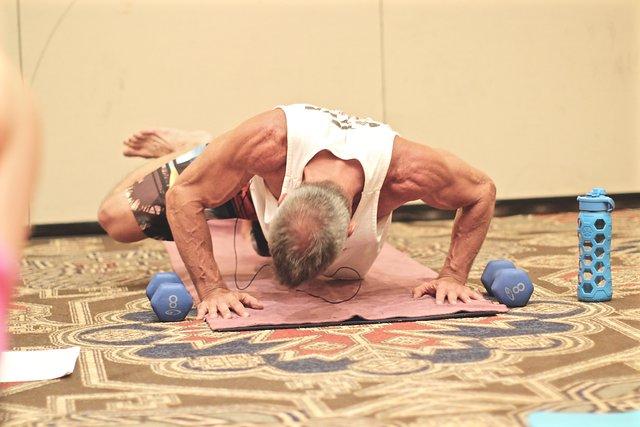 yoga.daniellezimmererphotography6.jpg