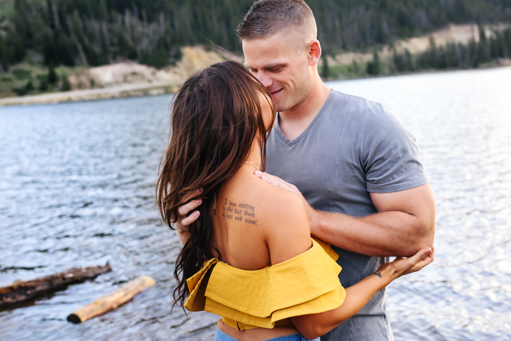 daniellezimmererphotography.couples.lifestyle.steamboatspringsphotographer
