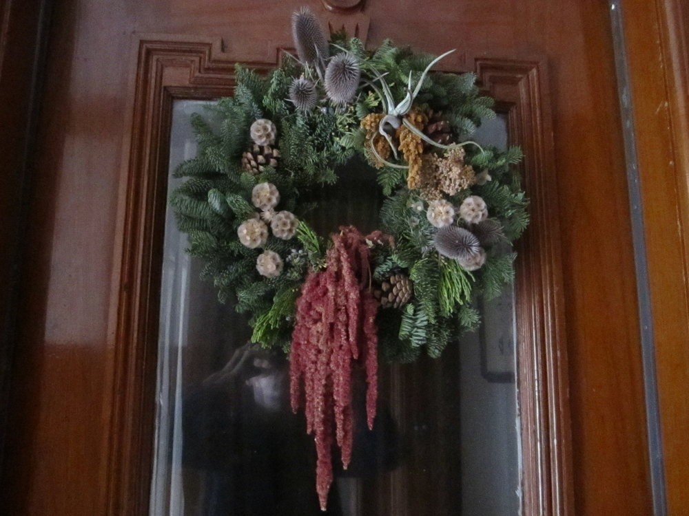 Holidaywreath2.JPG
