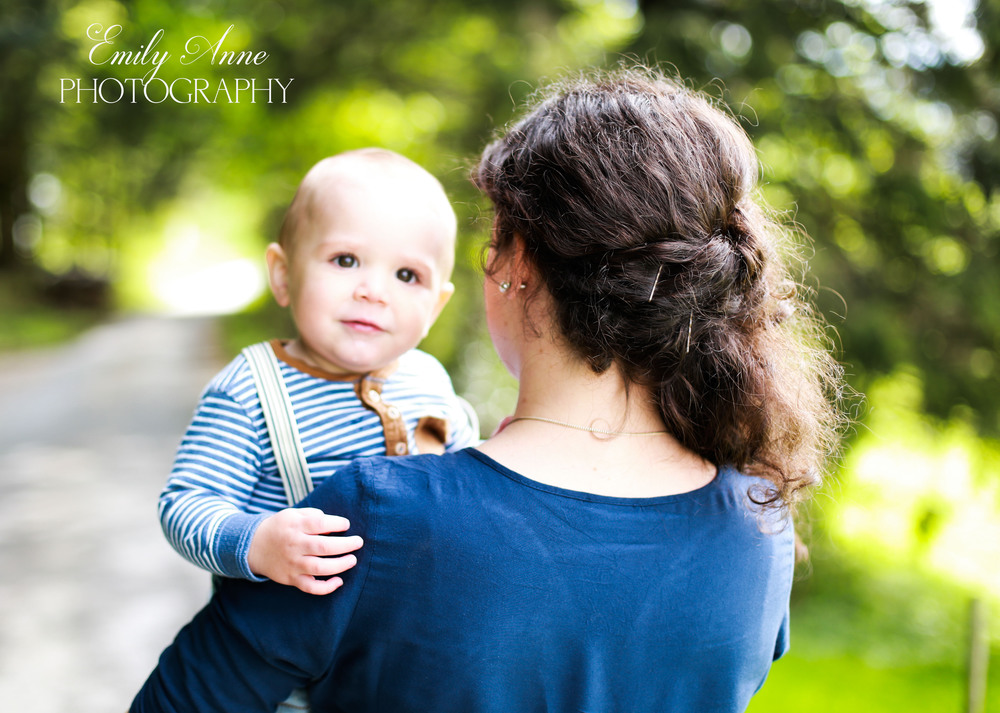 sweet southern family photos best pinterest photography posing tips for family emily anne international photographer shot in appenzell switzerland tiny hands and babies nashville tennessee mother son photos posing