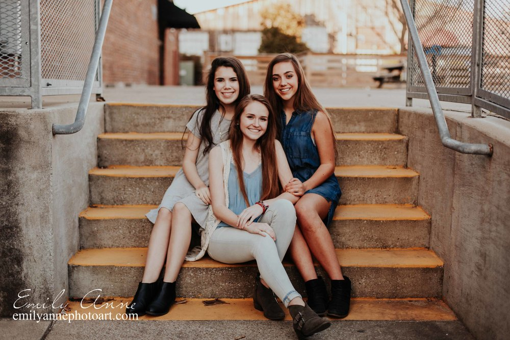 best friend joint senior portrait session in Nashville, Franklin TN