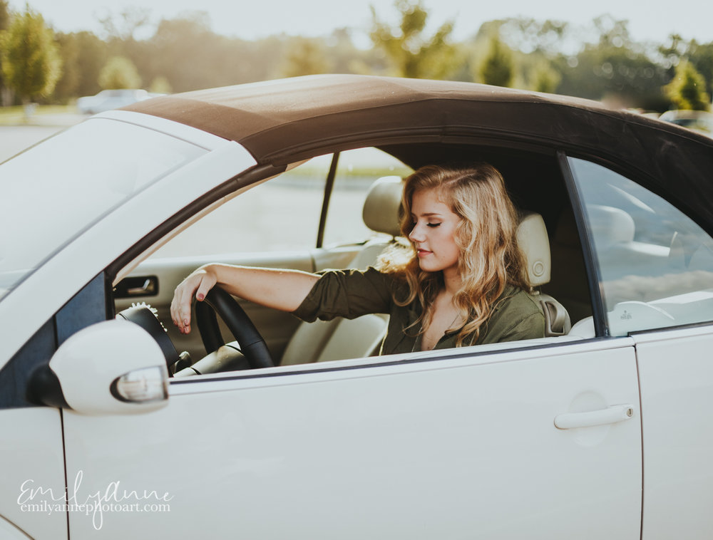 the best senior portrait photography in Franklin, Nashville, Brentwood and Atlanta georgia by top model photographer Emily Anne Photo Art (photography) cute centennial high school senior in vintage car