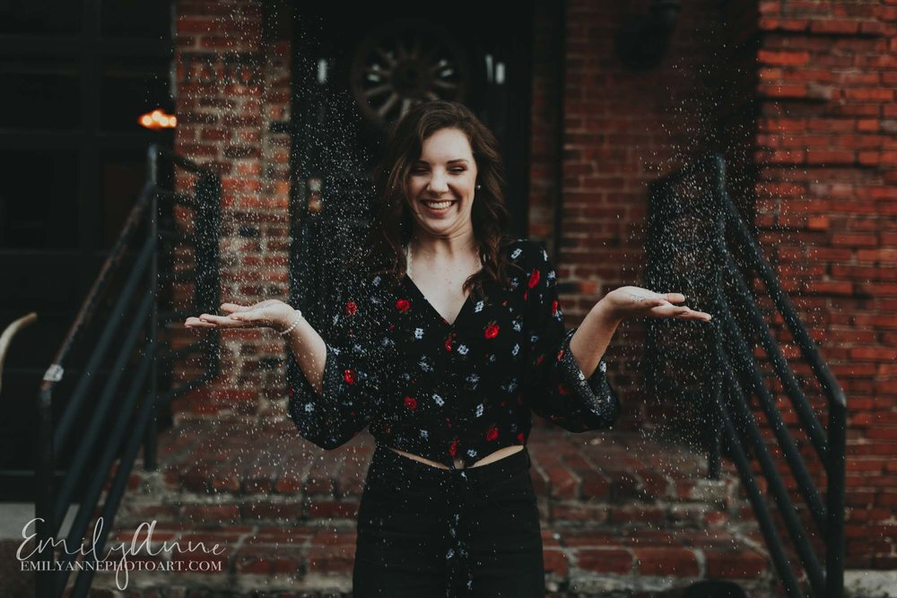 inspirational prop ideas for senior portraits throwing glitter best idea by Emily Anne photo Art destination