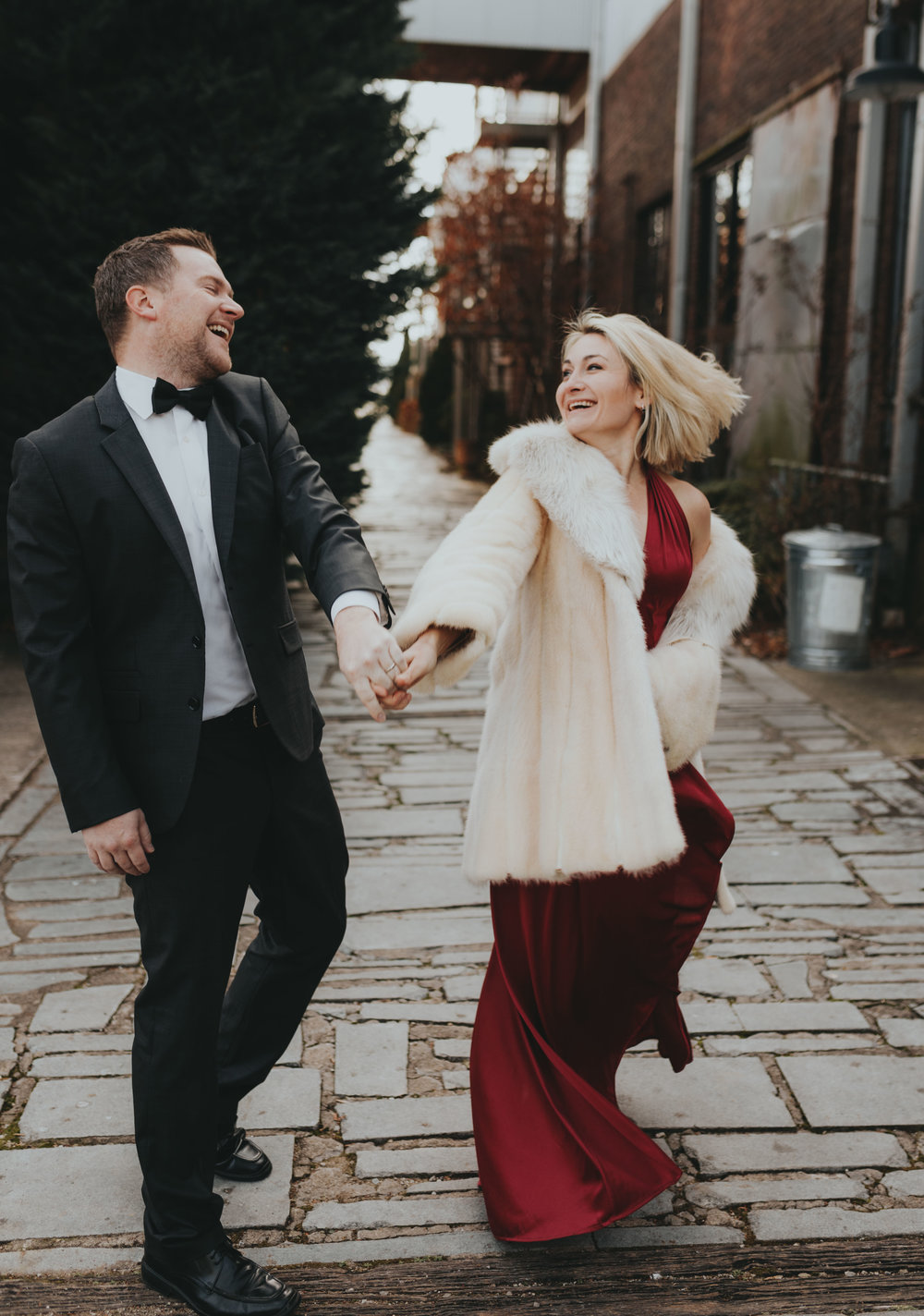 cutest Christmas anniversary session inspiration ideas by top wedding engagement photographer Nashville Atlanta Emily Anne Photo Art