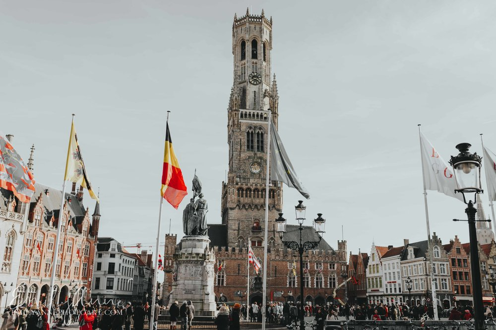 historic bruges portrait European Belgian Barcelona Nashville wedding photographer emily Anne
