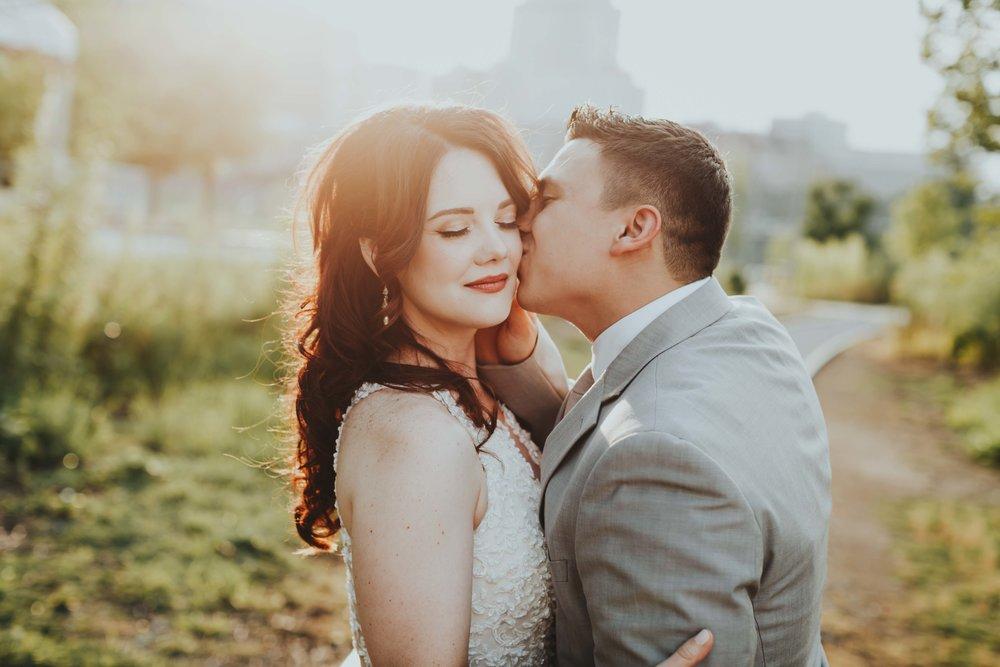 best nashville wedding photographer Emily Anne photo art