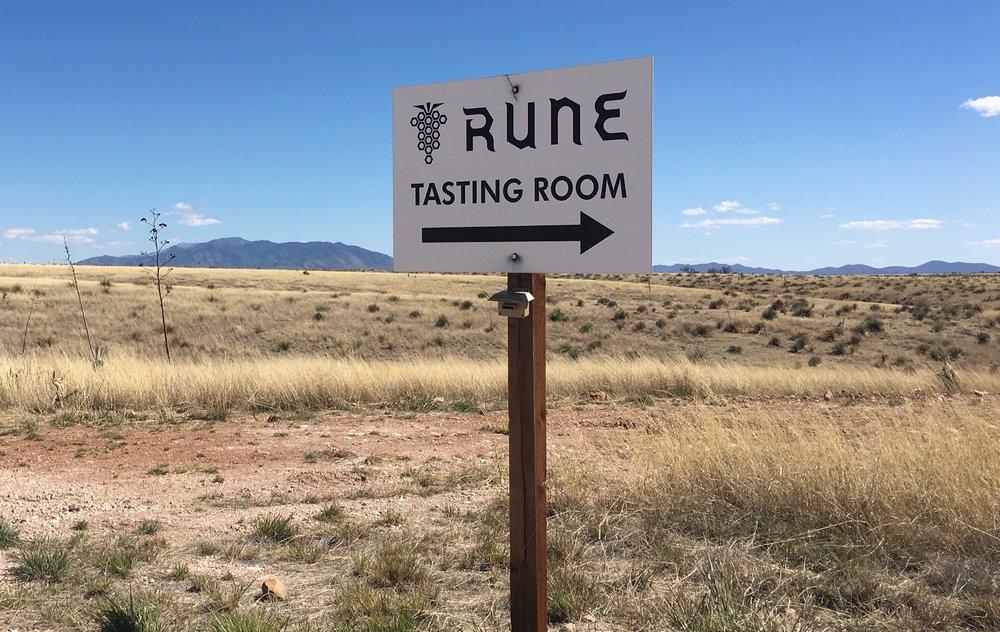 RUNE wine
