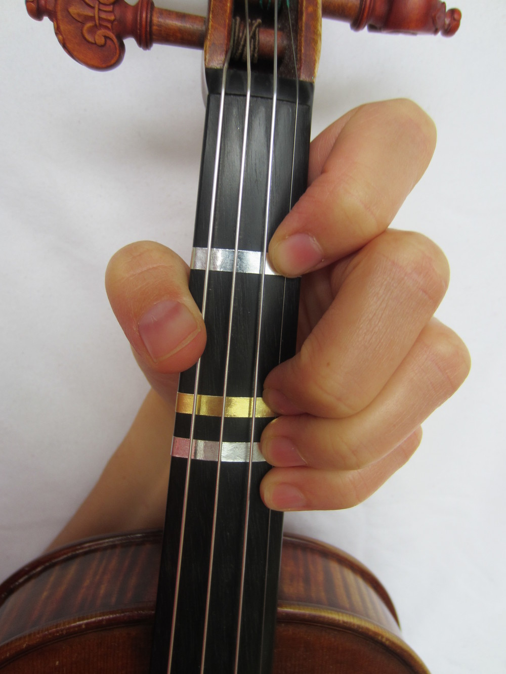 Violin Fingering Bflat on E.JPG