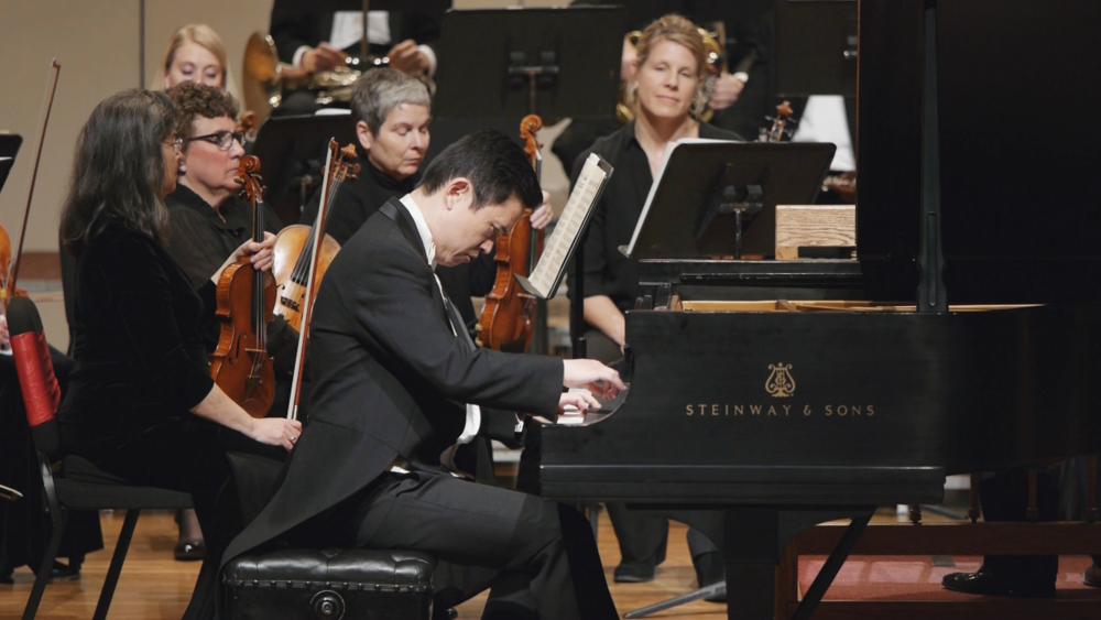 Cheyenne Symphony Orchestra - Lei Weng, piano