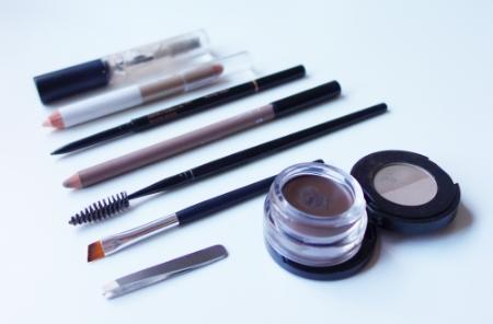 marisa-robinson-makeup-artist-brow-tools-of-the-trade.jpg