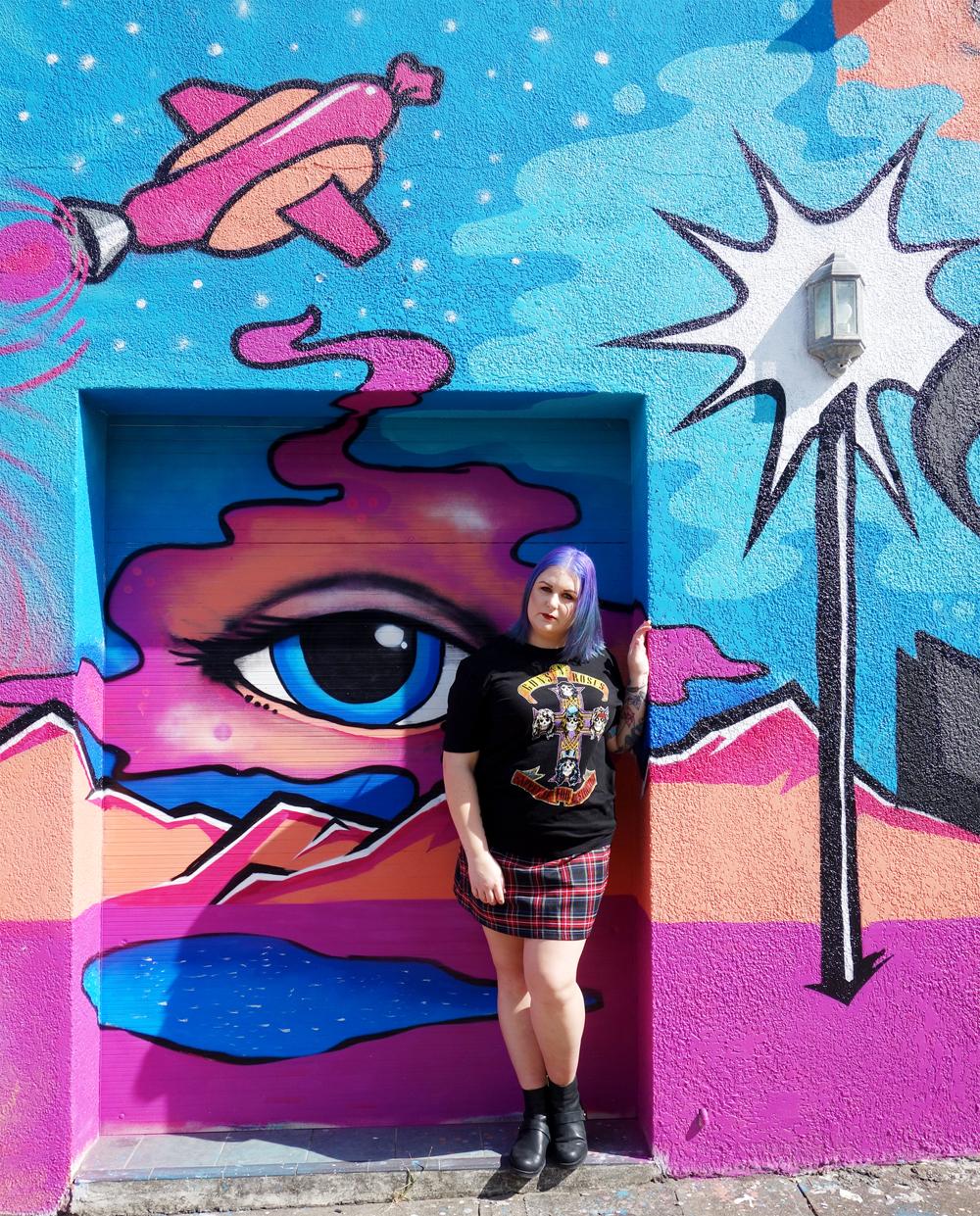 Marisa Robinson Makeup Artist Grunge Revival