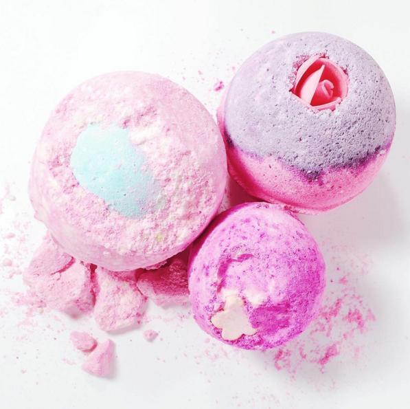 Marisa Robinson Makeup Artist Lush Bath Bombs
