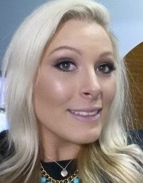Marisa Robinson Makeup Artist Emma Spotswood