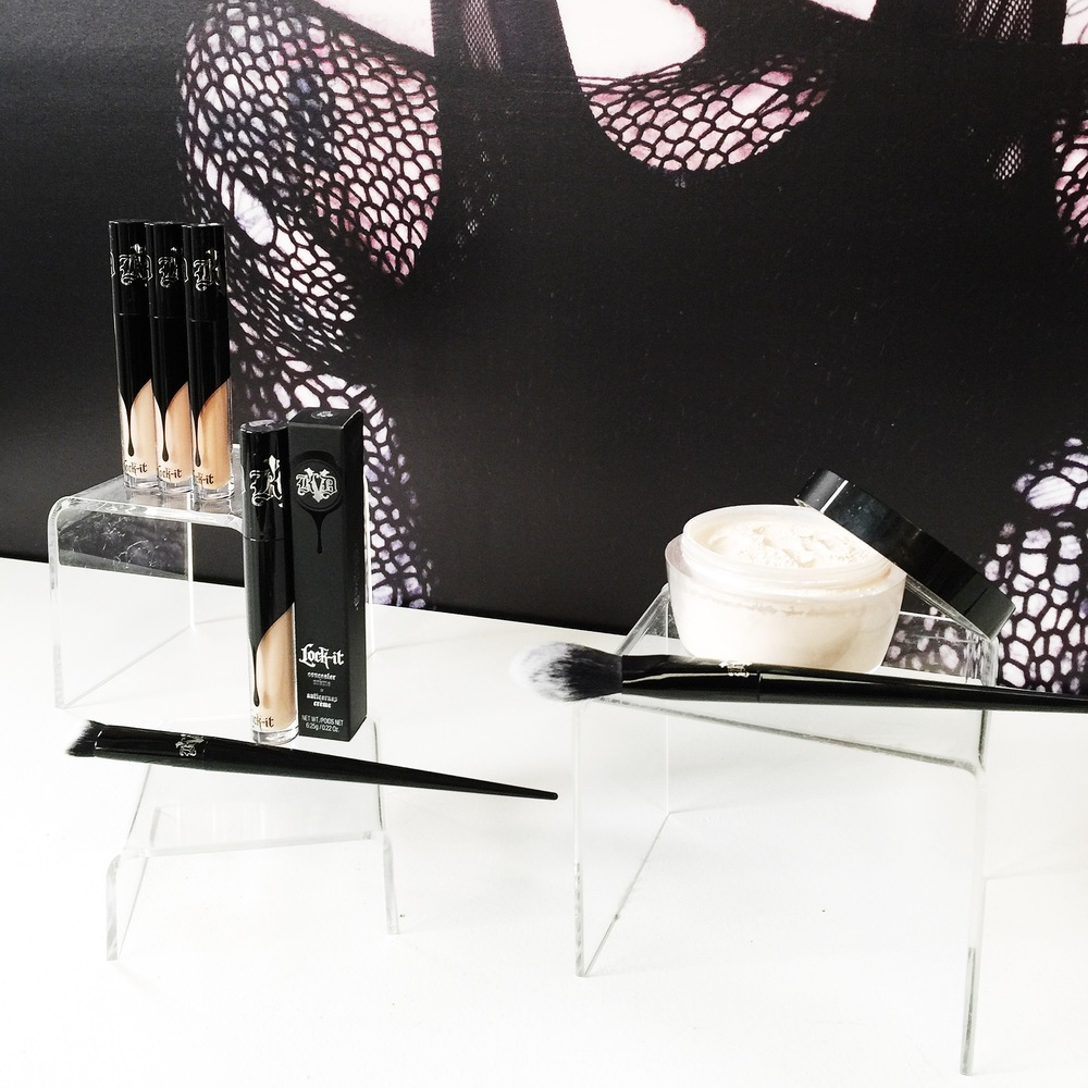Marisa Robinson Makeup Artist Sephora Showcase Kat Von D Beauty Lock-It Setting Powder