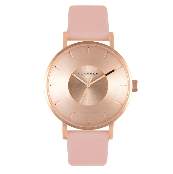 Marisa Robinson Beauty Blogger Valentine's Day Gift Guide klasse14 iris rose gold pink watch