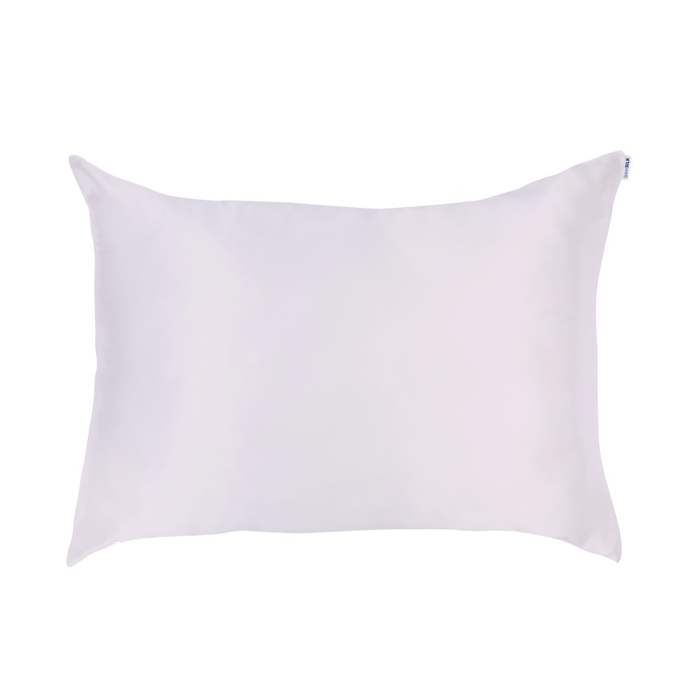 Marisa Robinson Beauty Blogger Valentine's Day Gift Guide Shhh Silk Pillowcase