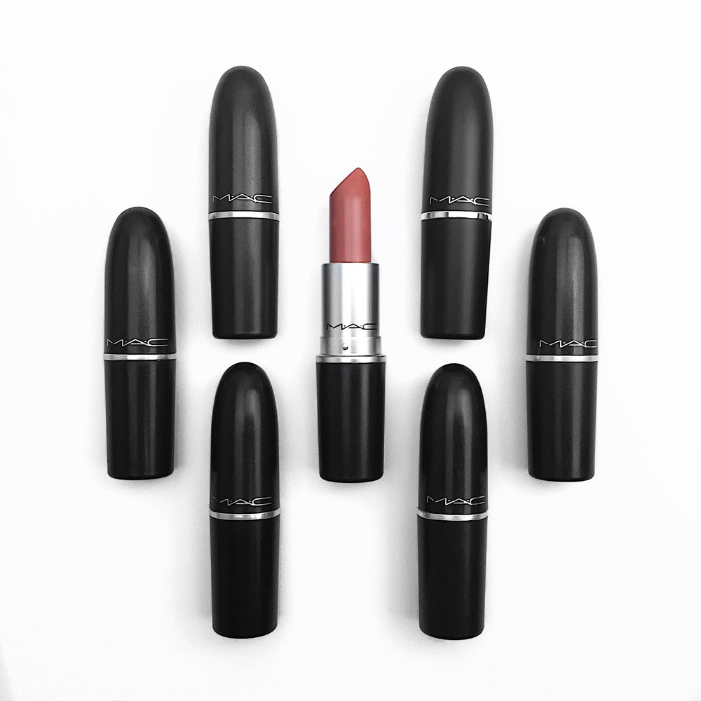 Marisa Robinson Beauty Blogger MAC Cosmetics Nikkia Joy Lipstick