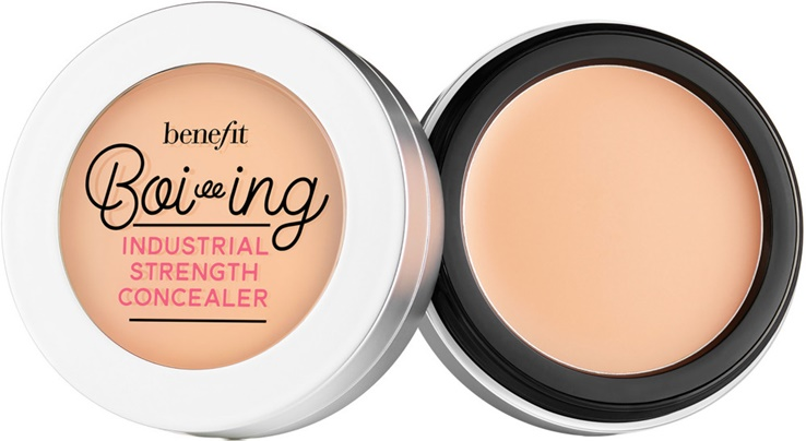 Marisa Robinson Beauty Blogger Benefit Boi-ing Industrial Strength Concealer