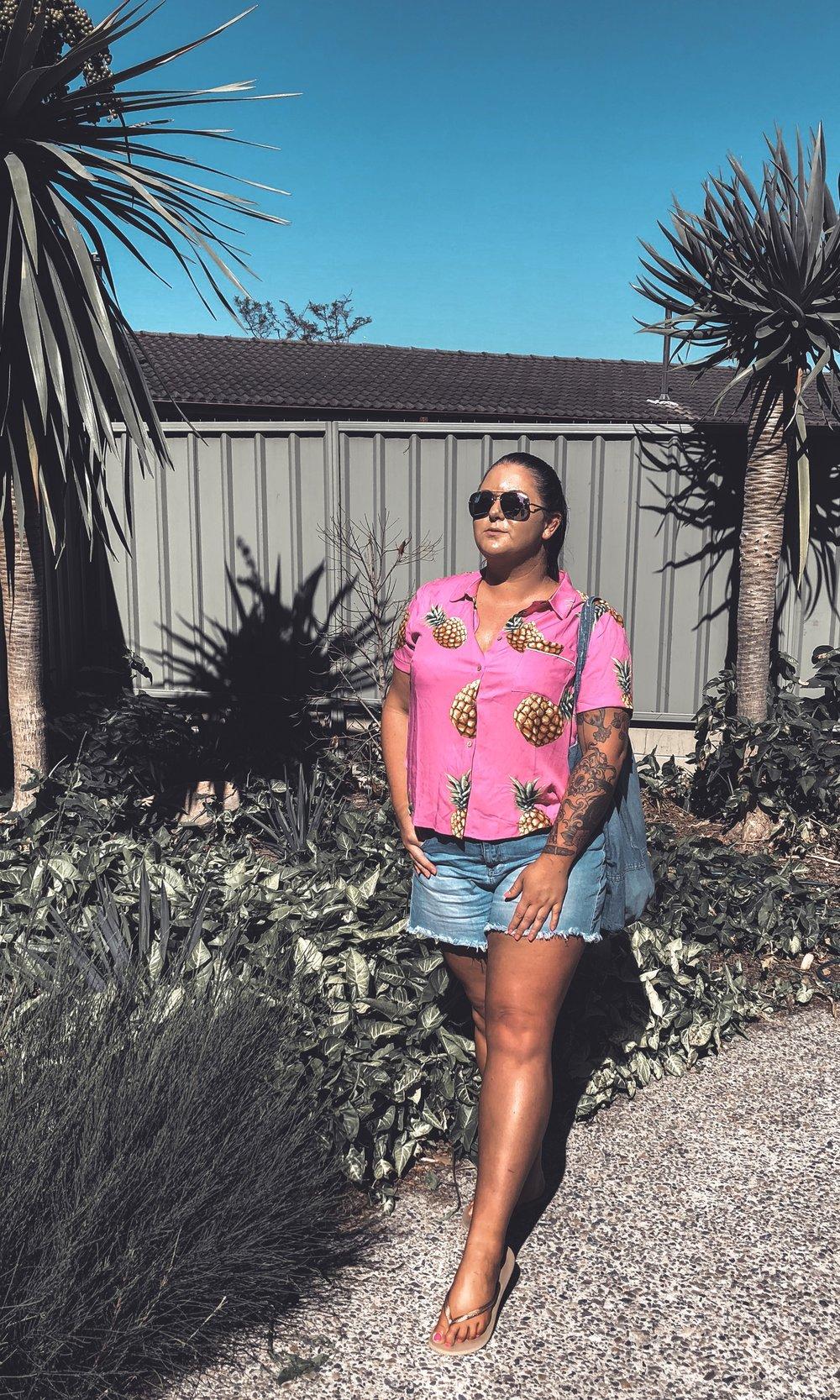 Forever 21 Plus Size Pineapple Print Shirt