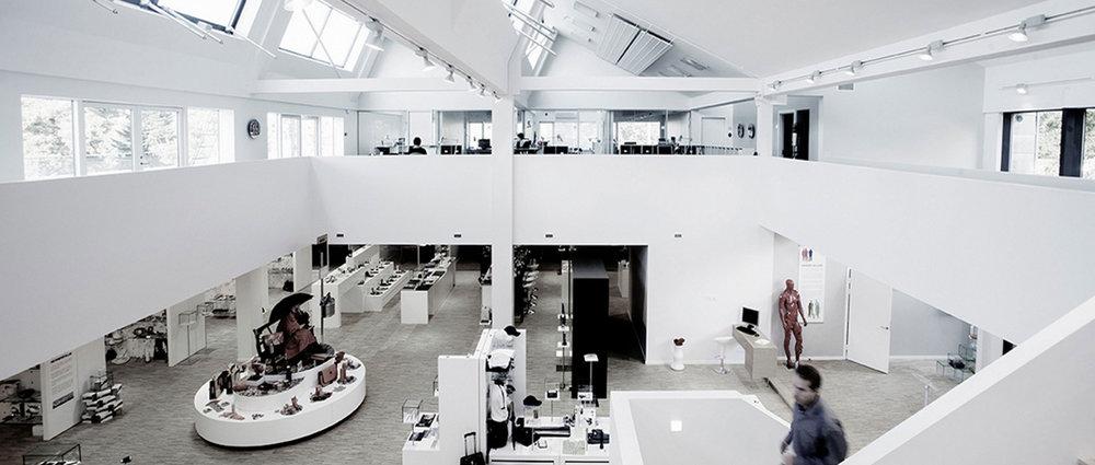 showroom_2.jpg