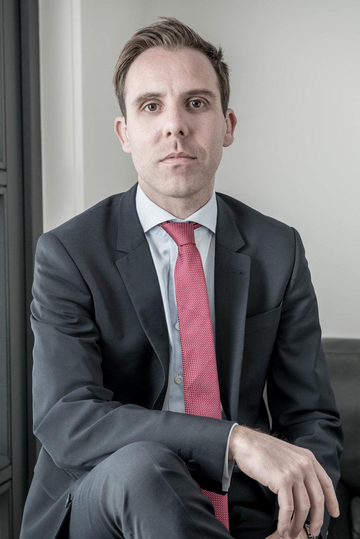 Johannes Würth  Managing Partner  E-Mail:  johannes.wuerth@hilltop.de  Telefon: +49 89 544596-0   VITA  Johannes Würth ist Geschäftsführender Gesellschafter bei Hilltop. Neben seinem Bachelor (B.Eng.) des Wirtschaftsingenieurwesens erwarb er noch zusätzlich einen Master (LL.M.) an der Frankfurt School of Finance & Management im Bereich Mergers & Acquisitions und ist Investment Manager bei einem Family Office.