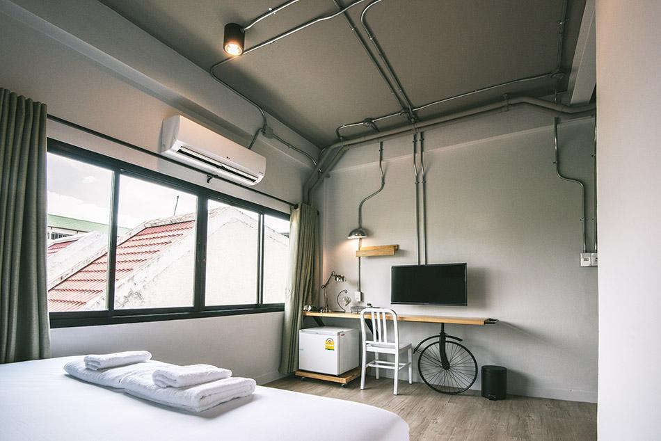 moto-superior-room302-2.jpg