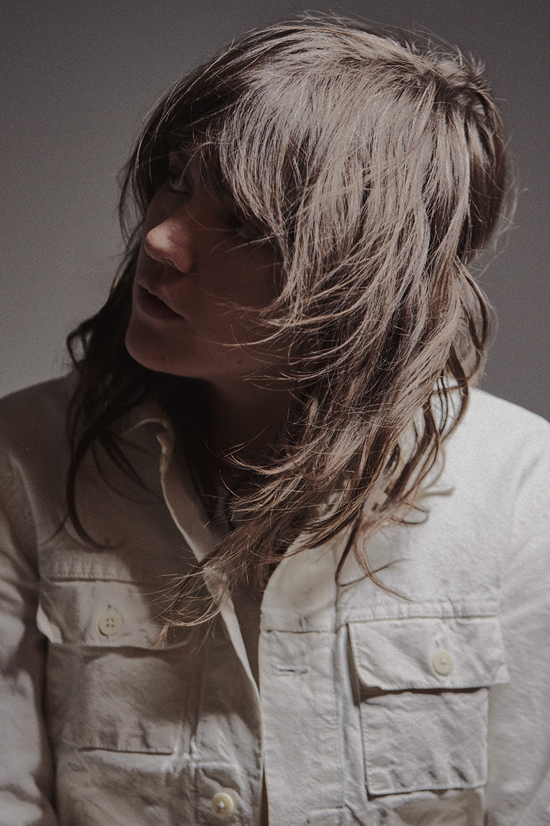 180129_CourtneyBarnett_NYC_KCoutts_02_219AAAA-CROP2.jpg