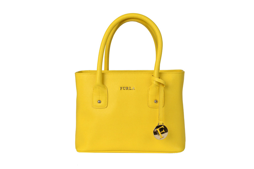 Furla - Original price  255 € - Outlet price in MMV 165 € LR