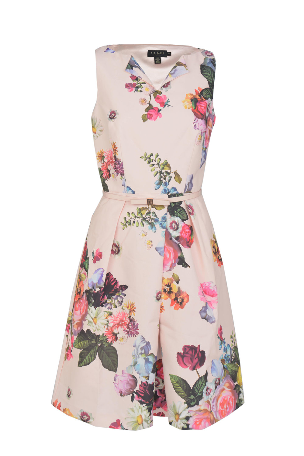 Ted Baker - Original price  240 € - Outlet price in MMV 149 € - LR