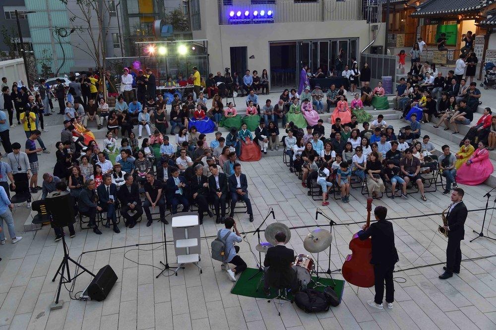 15 Opening Ceremony Donuimun Village 2:Melina Seoul Biennale copy.jpg