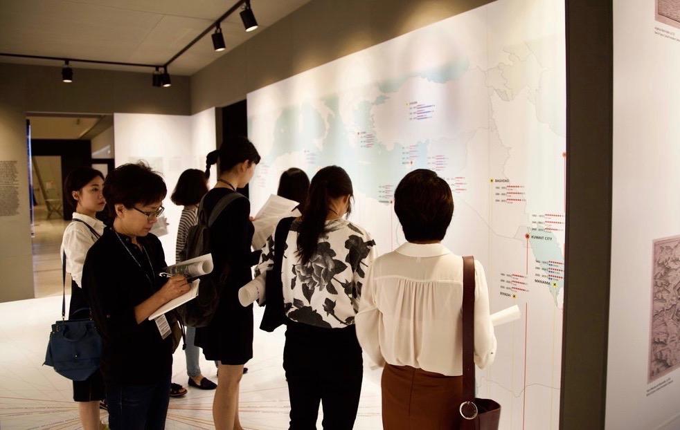 6+Public+1-Melina+Seoul+Biennale+copy 2.jpg