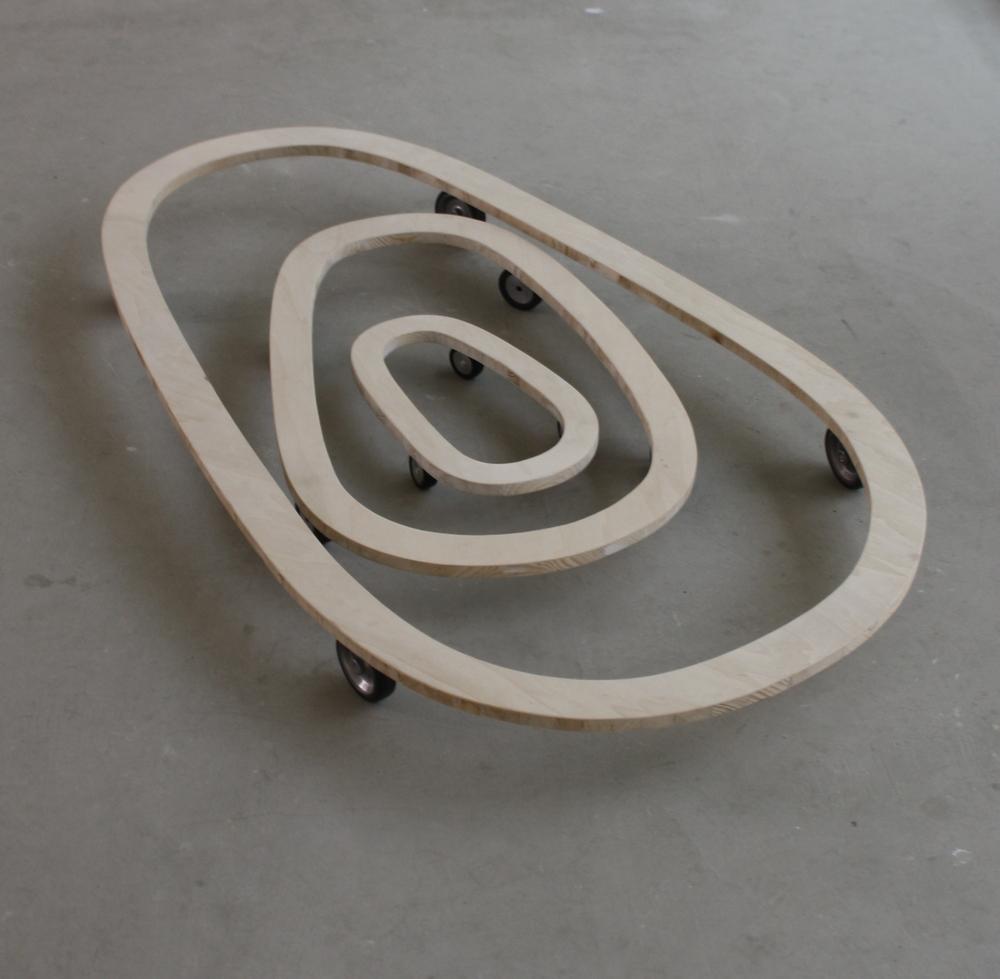 6. Tomáš Hlavina   Sněžnice   dřevo, gumová a kovová kolečka, 129 x 73 x 10 cm