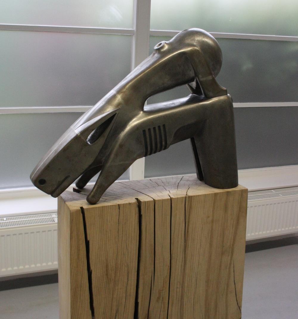 Stefan Milkov, Black dog (jezdecká socha), 2013, 80 x 60 x 20 cm, kov