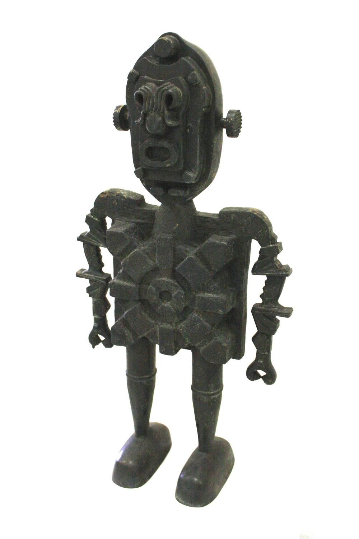 Jaroslav Róna, Robot Janus, 2012, 103 x 22 x 51 cm, bronz