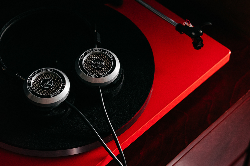 Grado SR325e with U-Turn Turntable