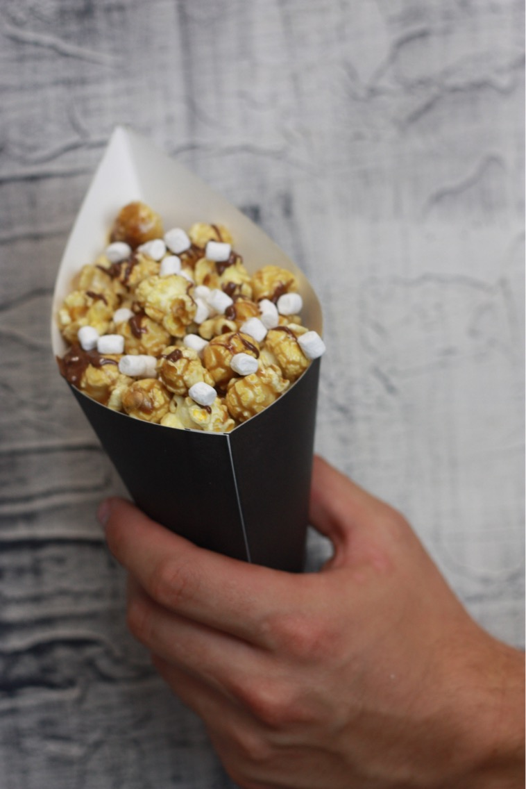 Caramel popcorn, Milk chocolate drizzle, Marshmallows