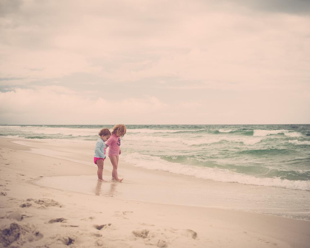 beach girls-1.jpg
