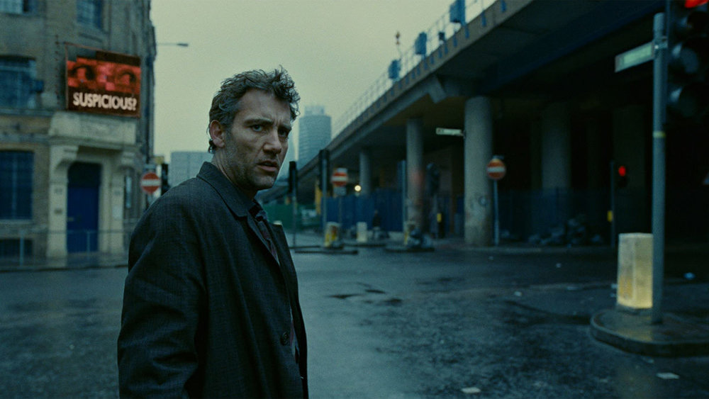"TLR: With all-around great performances and skillful direction from Alfonso Cuaron, ""Children of Men"" is a superior dystopian film that never loses its white-knuckle suspense, or relevancy."