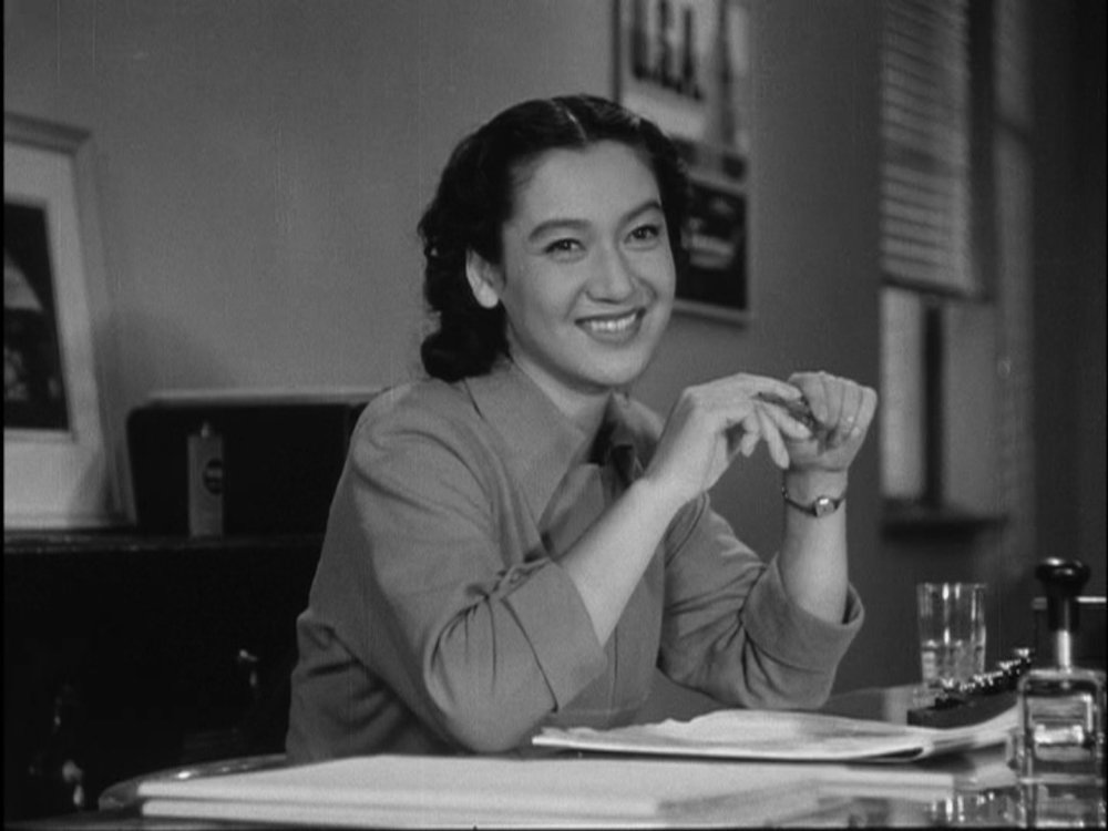"TLR: ""Early Summer"" represents many of Yasujiro Ozu's strongest assets as a filmmaker.  And, along with ""Late Spring"", features one of Setsuko Hara's most graceful performances."