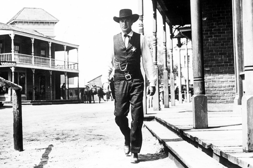 "TLR: ""High Noon"" may come off as a bit too idealist for cynical viewers, especially in 2018. However, this classic western paints a portrait of a hero and leader we all want to believe exists."