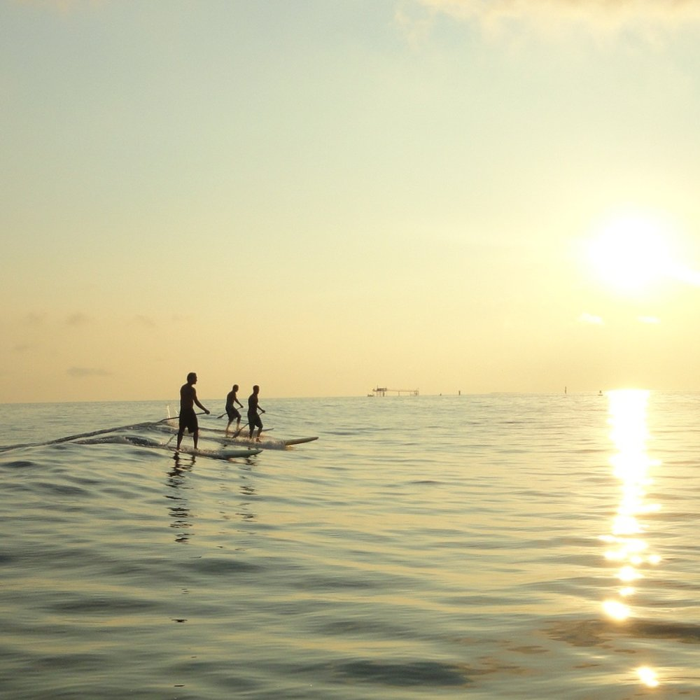 SURF - Here you will find a gallery of surf pictures and surf lifestyle.
