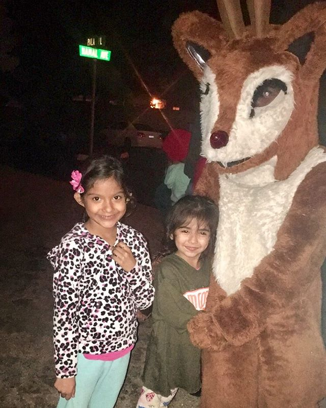 Rudolph and two of his bffs! #santaexpress #santaexpress2016 #jurupavalleyadoptafamily #jvaaf