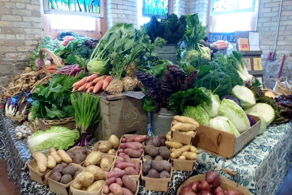 farmer's market   saturdays, 10 - 2 @  the village