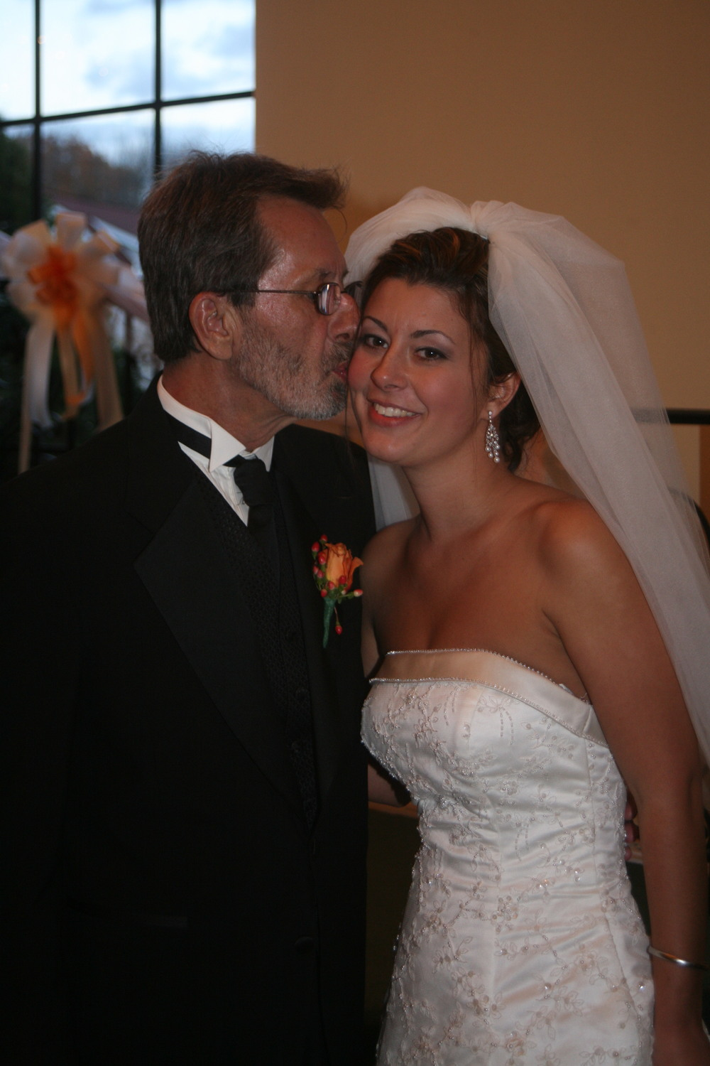Kenneth Dahl and daughter, Jennifer on her wedding day, Photo by Joyce Bambach