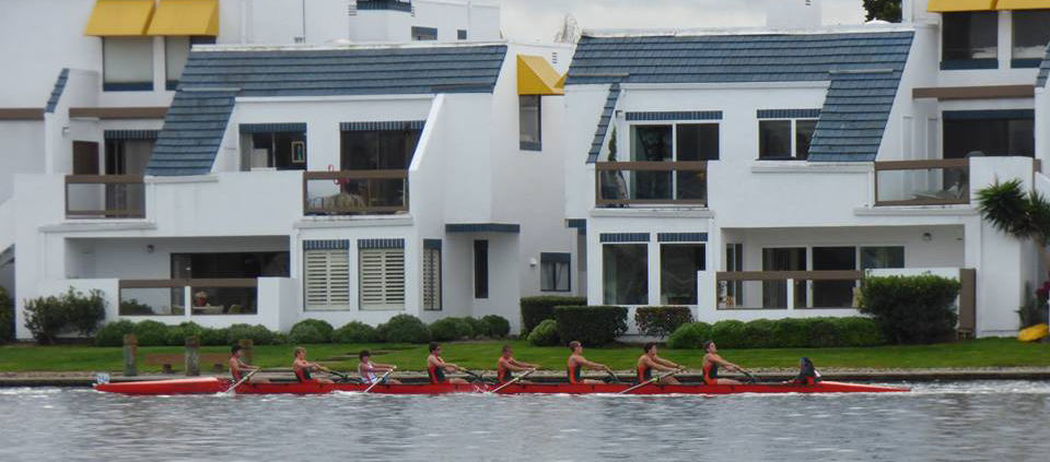 Novice Boy's 8+ at the 2015 Head of the Lagoon.